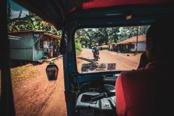 Fahrt mit dem Tuktuk auf den Kili