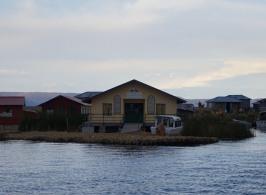 Adventgemeinde auf dem Titicaca See